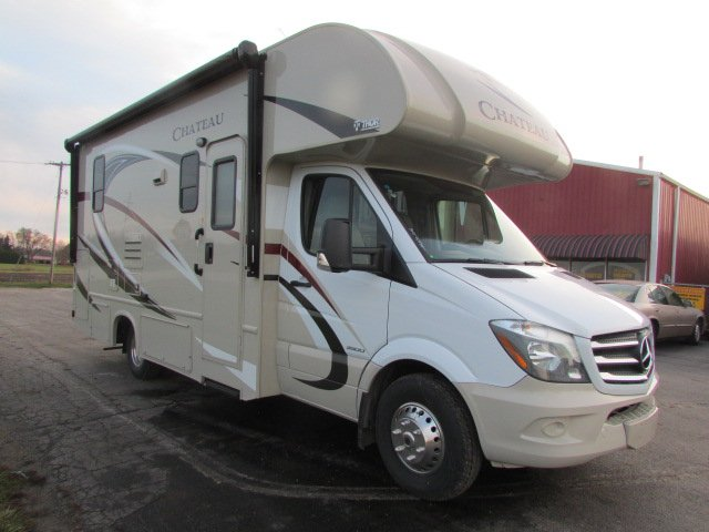 25ft mercedes thor chateau w 2 slide outs california for Mercedes benz rv rentals