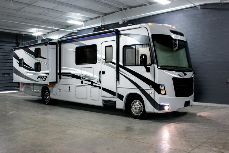 Rv fleet california motor home rentals autos post for Luxury motors of bay area